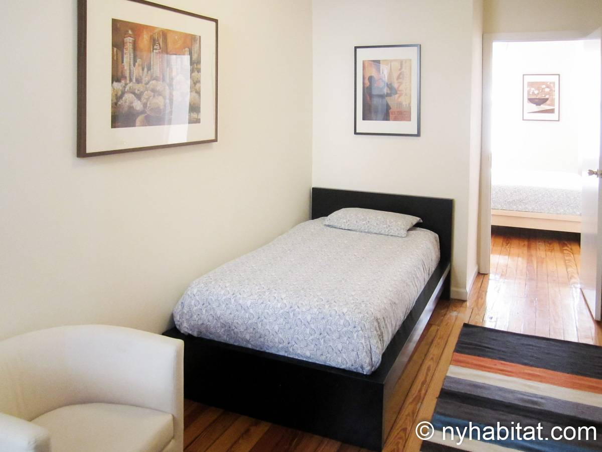 New York Apartment 3 Bedroom Apartment Rental In Ridgewood Queens Ny 15729