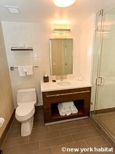 New York 1 Bedroom accommodation - bathroom (NY-15732) photo 2 of 3