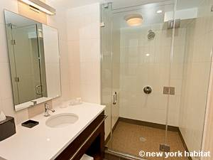 New York 1 Bedroom accommodation - bathroom (NY-15732) photo 1 of 3