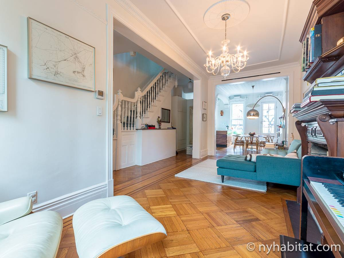 New York 3 Bedroom - Triplex apartment - living room 1 (NY-15804) photo 6 of 6
