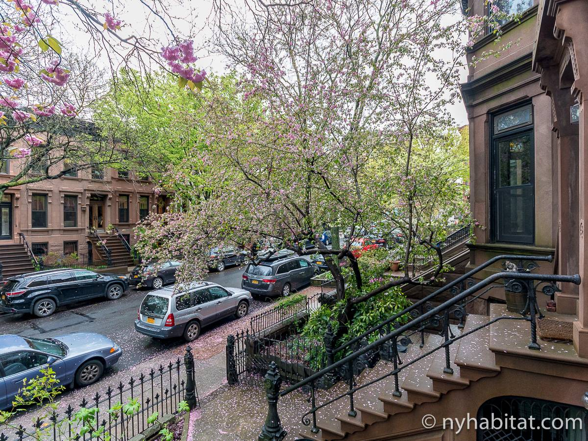 New York 3 Bedroom - Triplex apartment - other (NY-15804) photo 5 of 8
