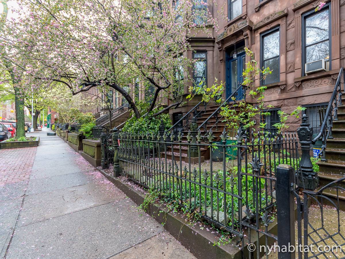 New York 3 Bedroom - Triplex apartment - other (NY-15804) photo 7 of 8