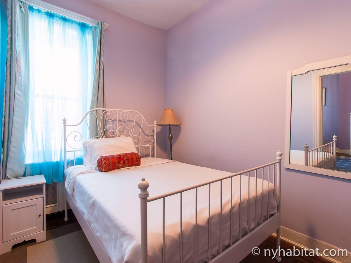 new york 2 bedroom apartment bedroom 2 ny 15829 photo 1 of 4