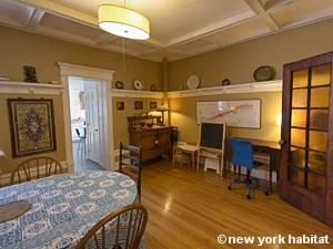 Casa vacanza a new york 3 camere da letto windsor for Appartamenti vacanza new york city