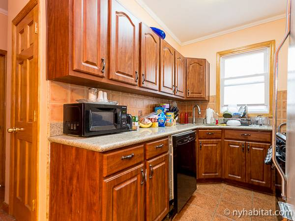 New York 3 Bedroom roommate share apartment   kitchen  NY 15932  photo  1. New York Roommate  Room for rent in Sunnyside  Queens   3 Bedroom