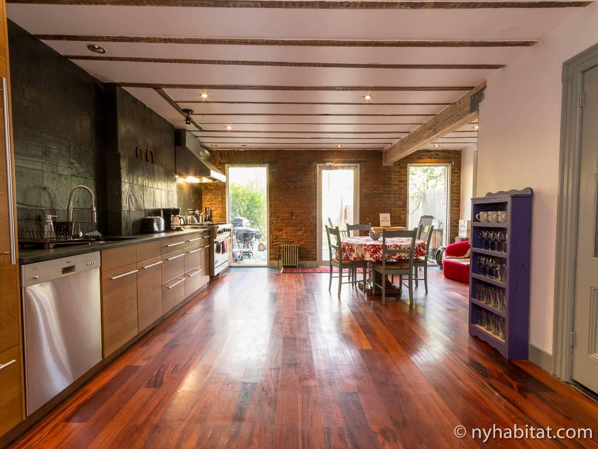 ferienwohnung in new york 3 zimmer bedford stuyvesant. Black Bedroom Furniture Sets. Home Design Ideas