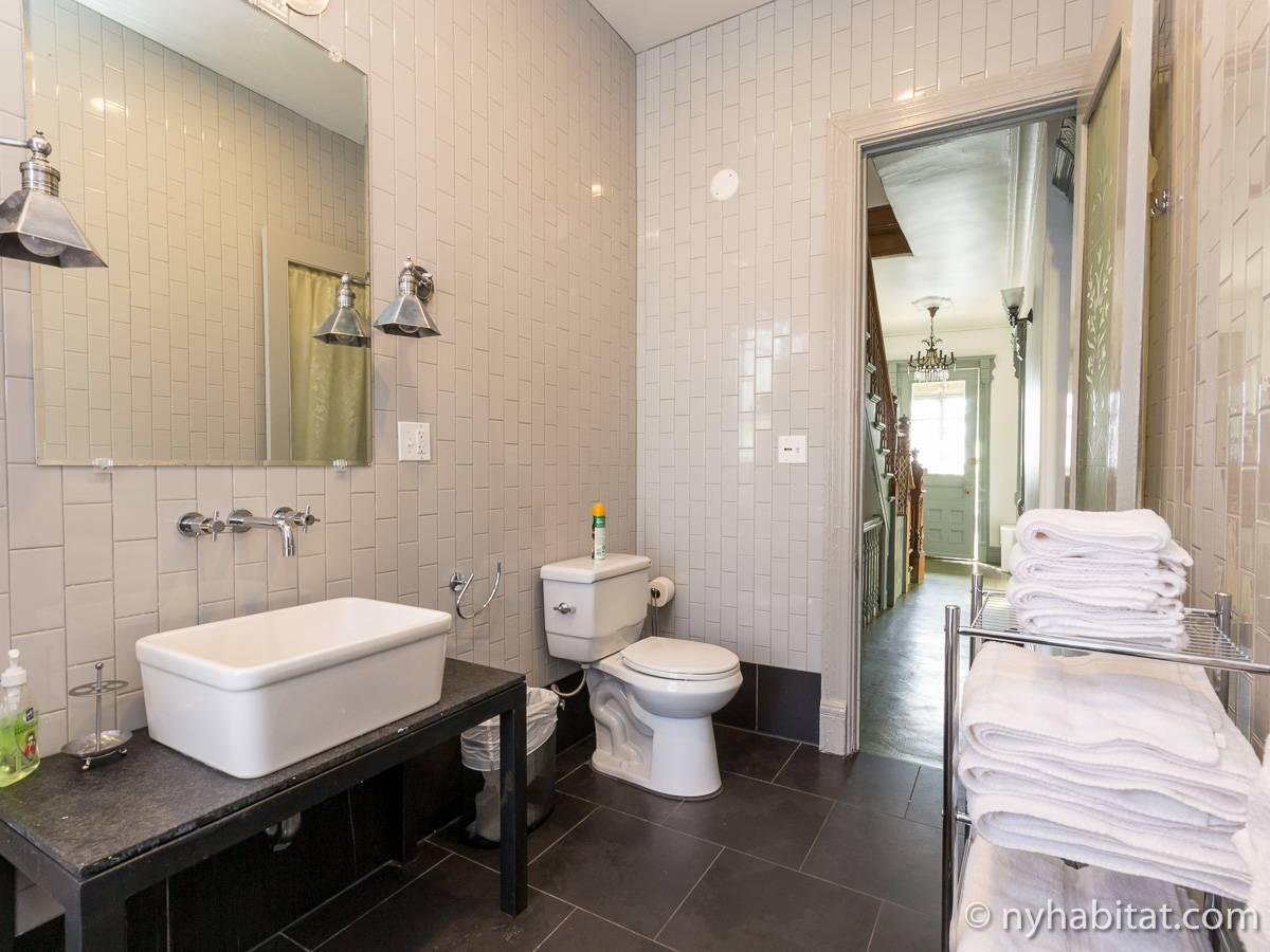 New York Apartment 2 Bedroom Apartment Rental In Bedford Stuyvesant Ny 16047