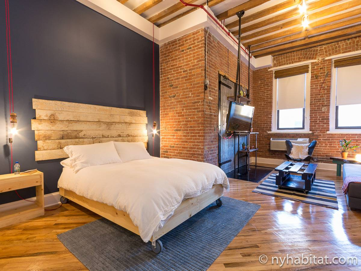 New york apartment studio loft apartment rental in for Model agency apartments