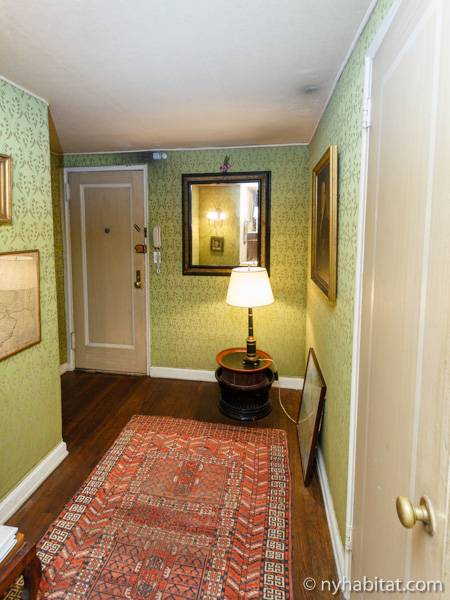 new york roommate room for rent in midtown west 1 bedroom apartment