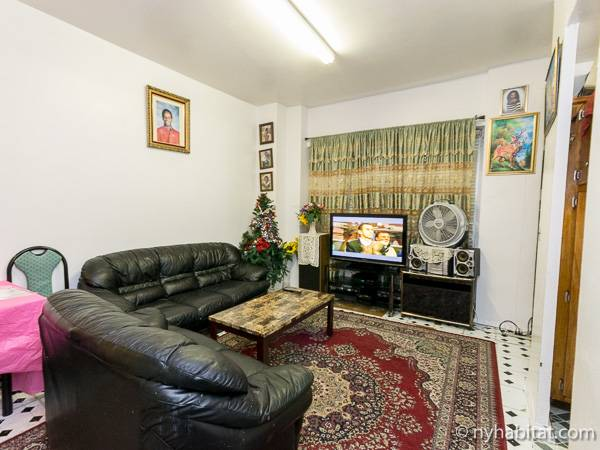 New York Roommmate Room For Rent In Corona Queens 3 Bedroom Apartment NY