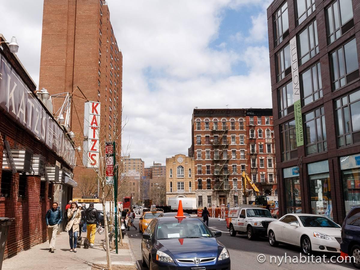 wohnungsvermietung in new york 2 zimmer lower east. Black Bedroom Furniture Sets. Home Design Ideas
