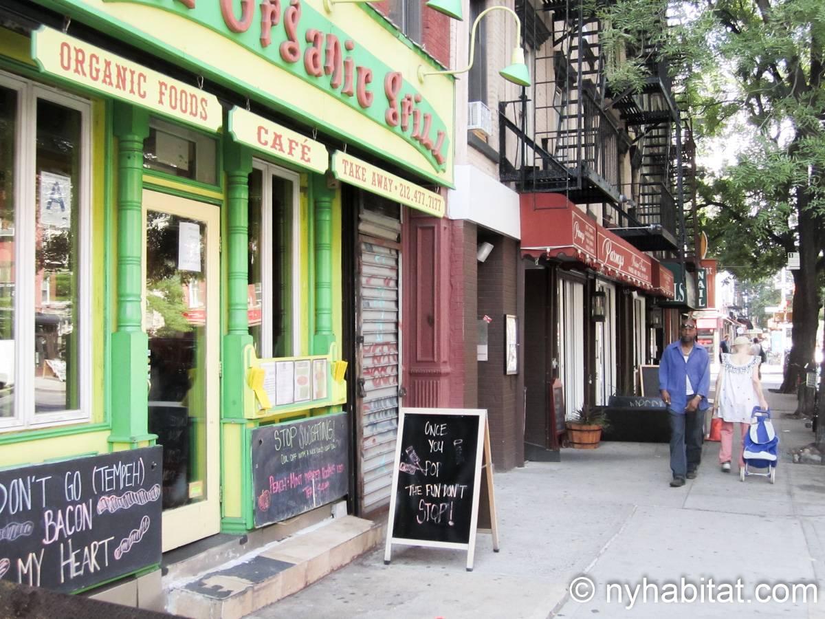 wohnungsvermietung in new york 3 zimmer east village. Black Bedroom Furniture Sets. Home Design Ideas