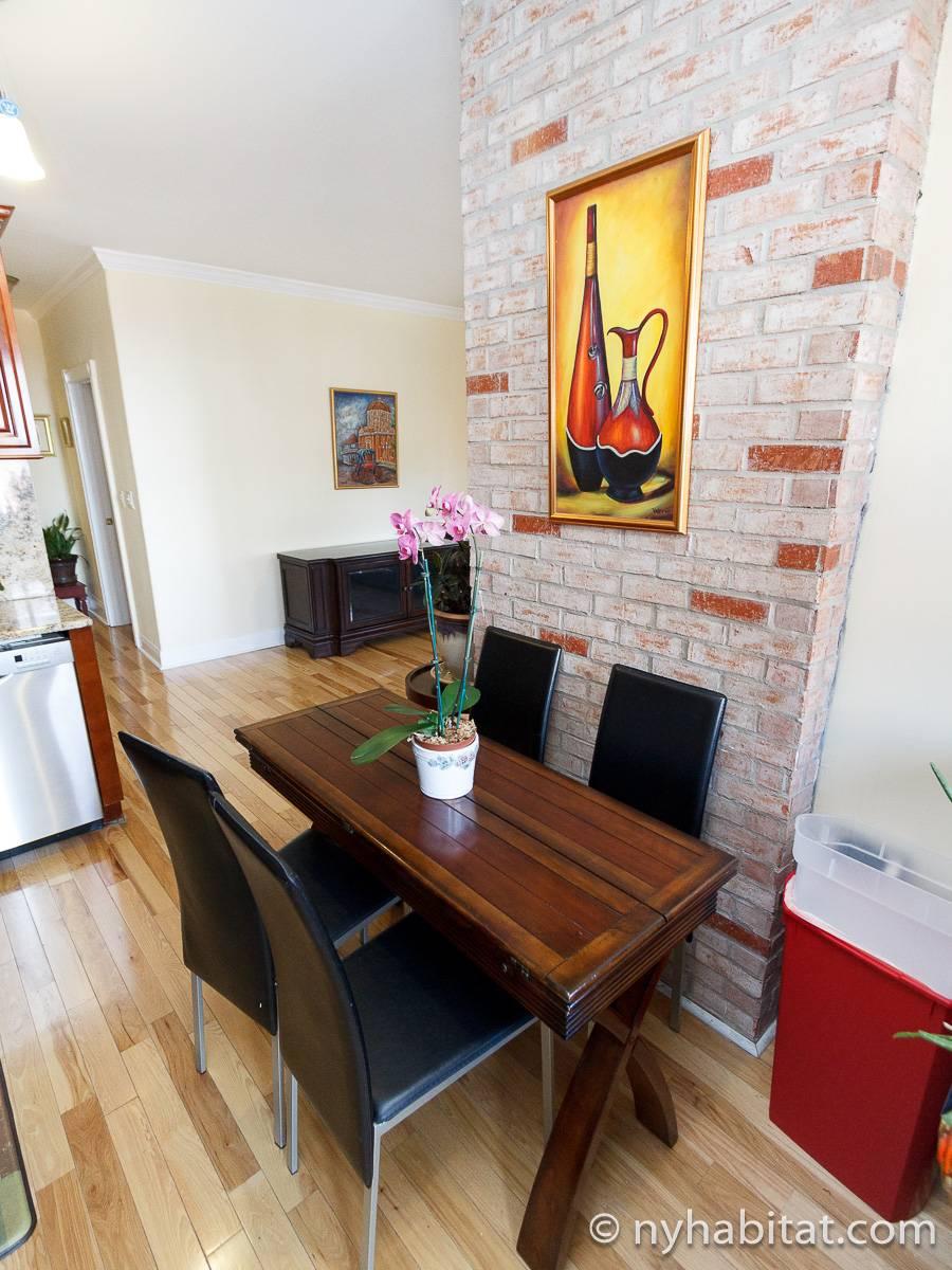 Stanza in affitto a new york 3 camere da letto bronx for Appartamenti affitto nyc