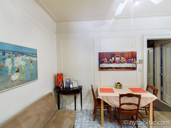 new york room for rent 2 bedroom apartment for a roommate in woodside