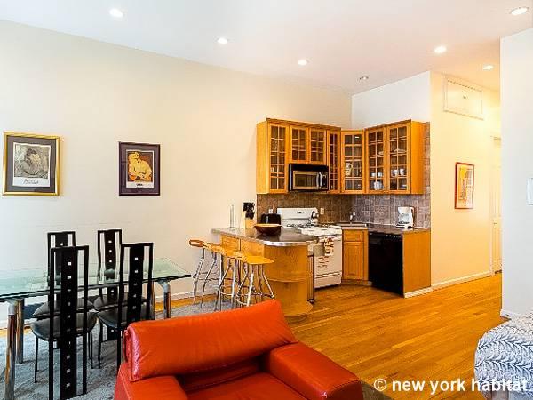 York 3 Zimmer Wohnungsvermietung Wohnzimmer NY16403 Photo 4 Von