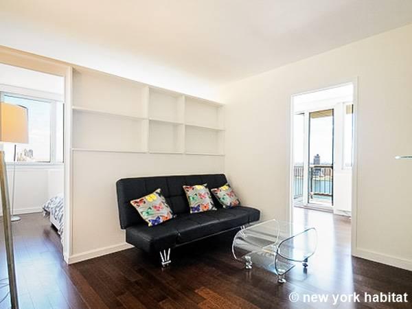 new york 3 bedroom apartment living room ny16407 photo 1 of