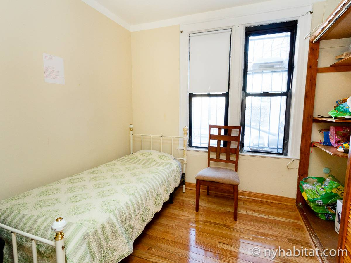 New York Roommate Room For Rent In Astoria Queens 2 Bedroom Apartment Ny 16429