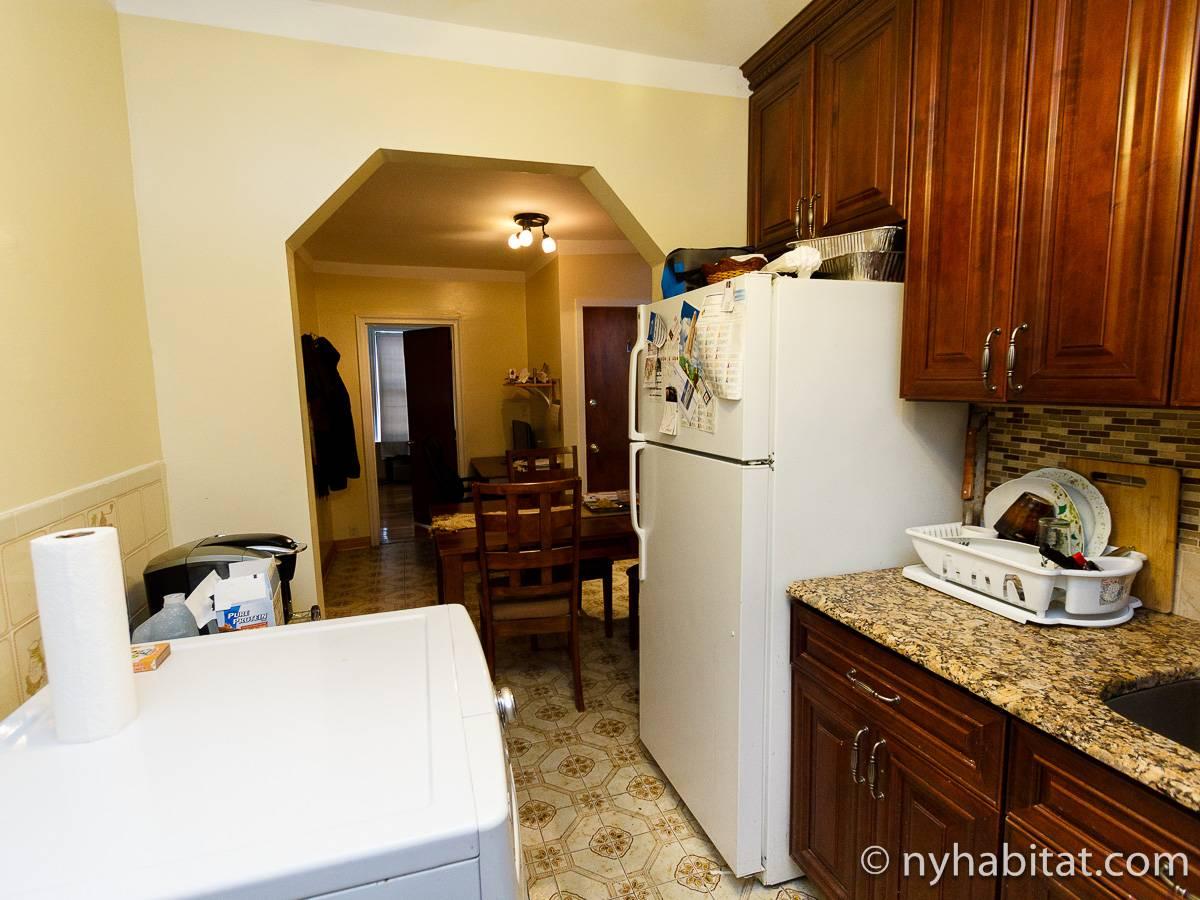 New York Roommate Room For Rent In Astoria Queens 2