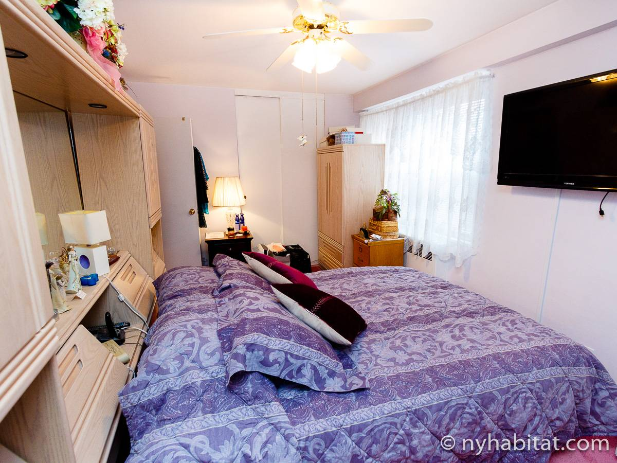 New York Roommate Room For Rent In Woodside Queens 3 Bedroom Apartment Ny 16456