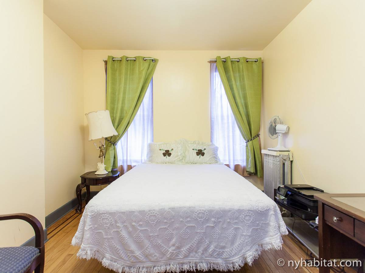 New york roommate room for rent in bushwick brooklyn 3 - 3 bedroom apartments for sale nyc ...