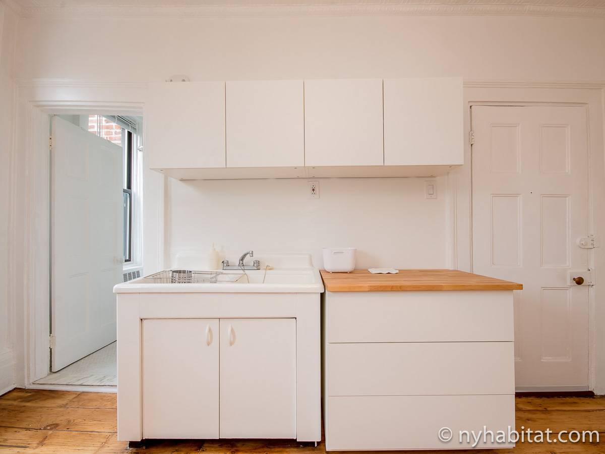 Kitchen Alcove New York Apartment Alcove Studio Apartment Rental In Williamsburg