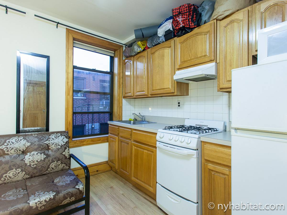 new york room for rent 1 bedroom apartment for a roommate in greenwich