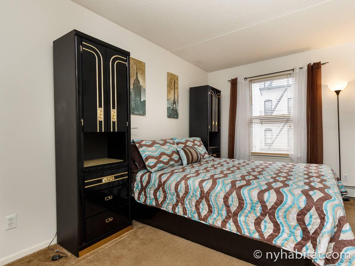 wohnungsvermietung in new york 2 zimmer harlem ny 16694. Black Bedroom Furniture Sets. Home Design Ideas