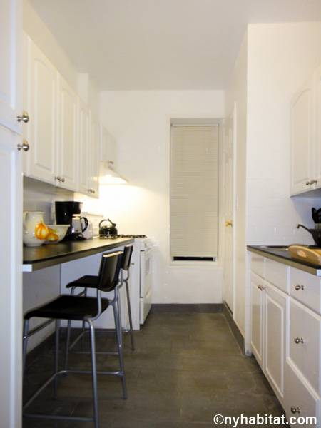 new york 3 bedroom apartment kitchen ny16709 photo 1 of 3