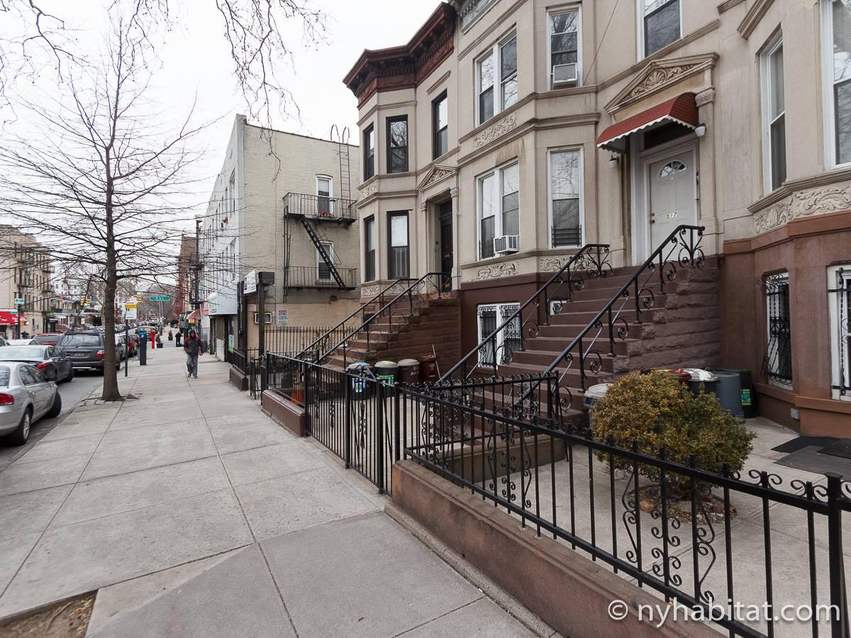 logement new york location meubl e t2 bay ridge. Black Bedroom Furniture Sets. Home Design Ideas