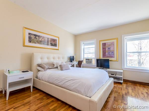 new york 3 bedroom penthouse apartment bedroom 1 ny16812 photo