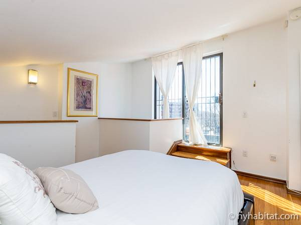 New York Apartment 3 Bedroom Penthouse Apartment Rental In Clinton Hill Ny 16812