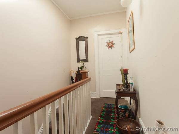 new york room for rent 2 bedroom apartment for a roommate in corona