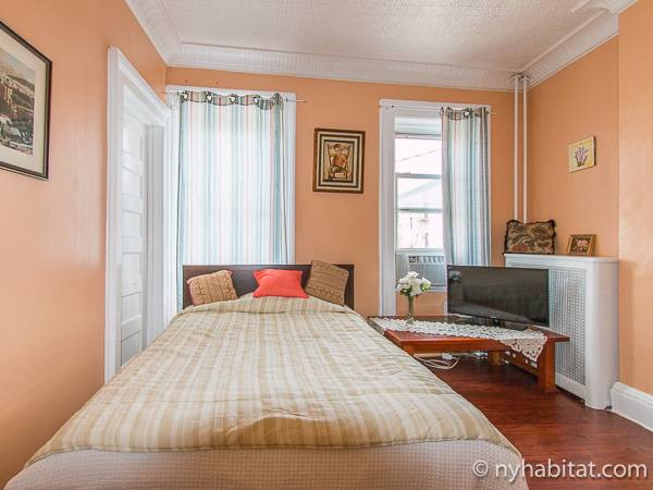 new york roommate room for rent in brooklyn 3 bedroom apartment ny