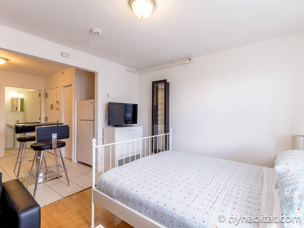 New york apartment studio apartment rental in little for Studio apartment in new york