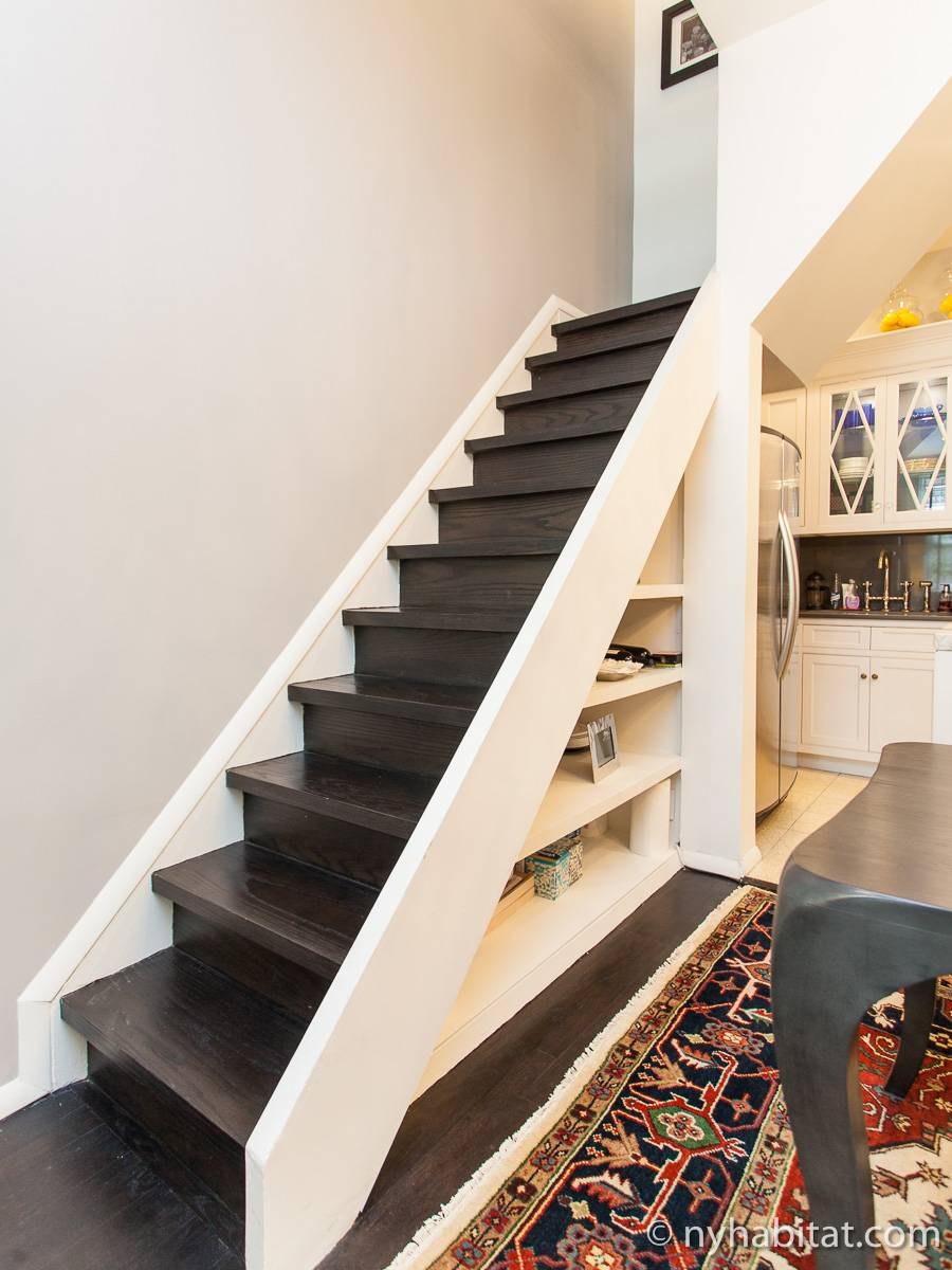 wohnungsvermietung in new york 2 zimmer east village ny 16946. Black Bedroom Furniture Sets. Home Design Ideas