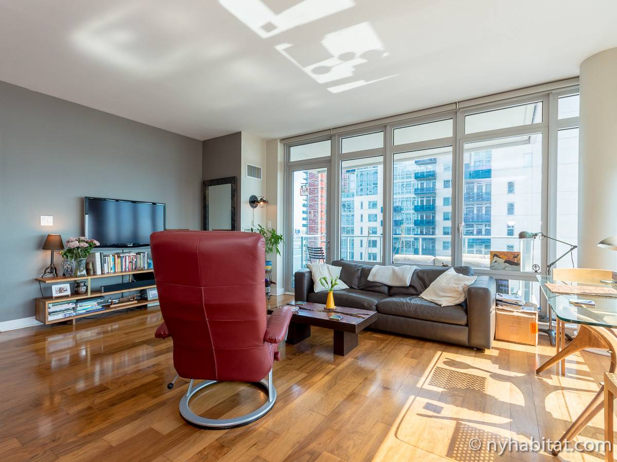 The Living Room Williamsburg Part - 18: ... New York 2 Bedroom Apartment - Living Room (NY-16960) Photo 4 Of ...