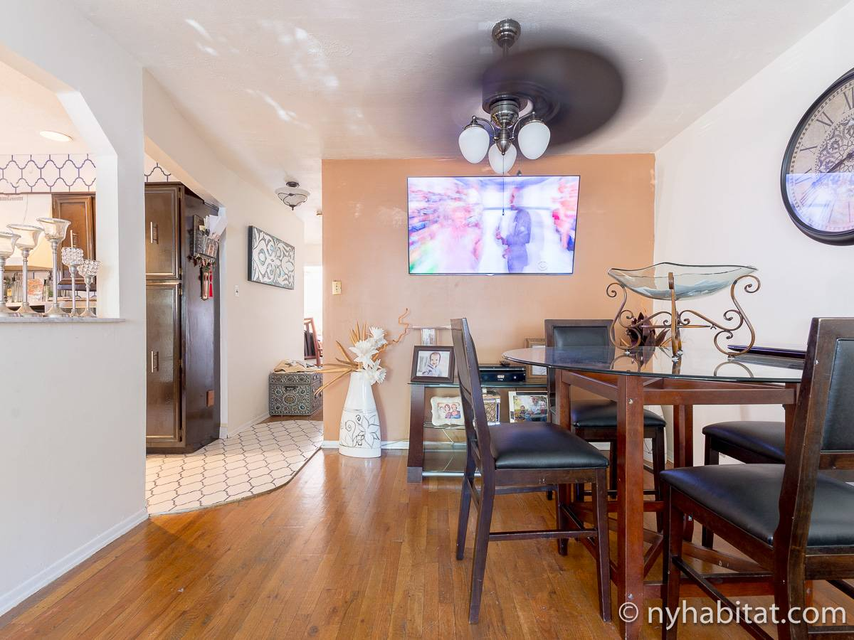 New York Roommate Room For Rent In Jamaica Queens 3 Bedroom Apartment NY
