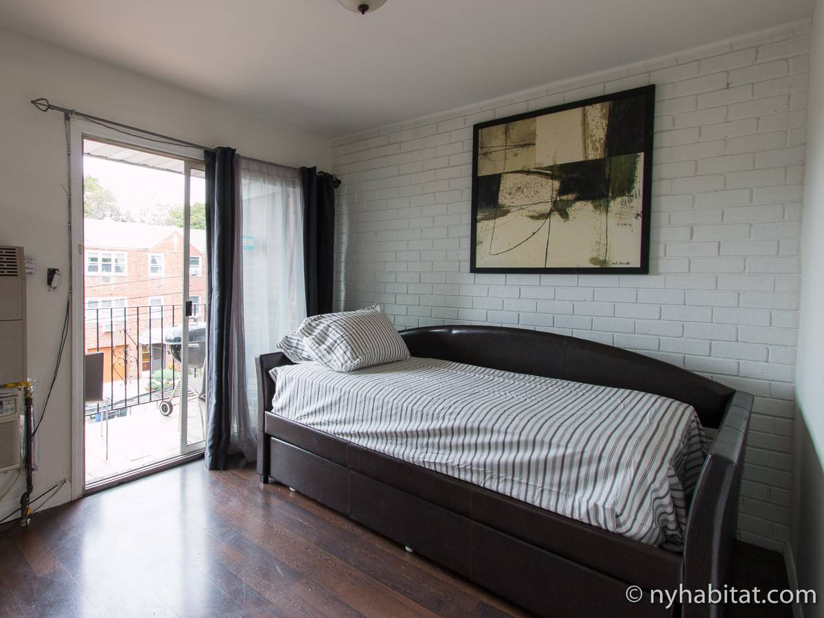 New York Roommate: Room for rent in Middle Village, Queens ...
