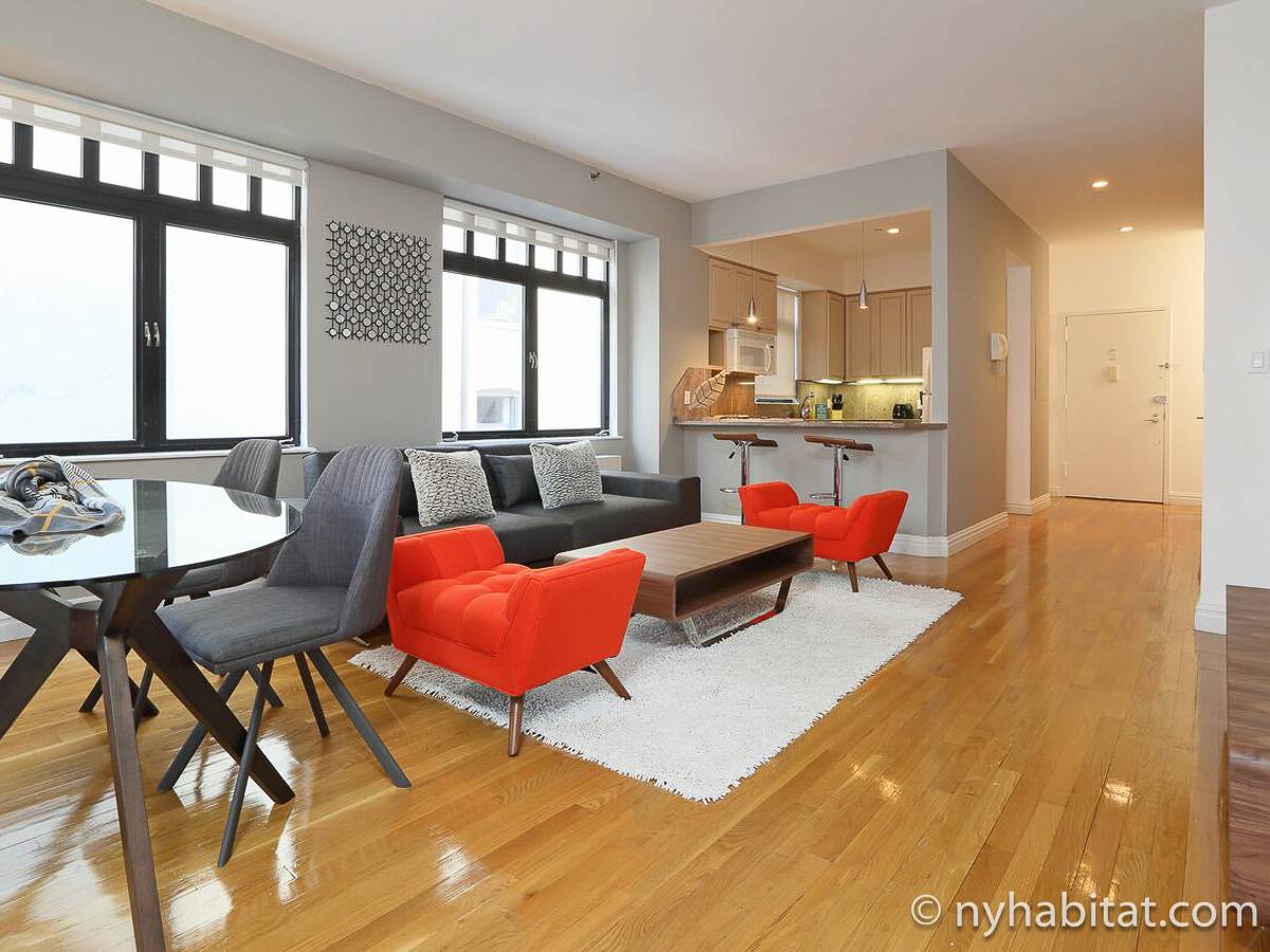 ... New York 2 Bedroom Apartment   Living Room (NY 17058) Photo 3 Of ...
