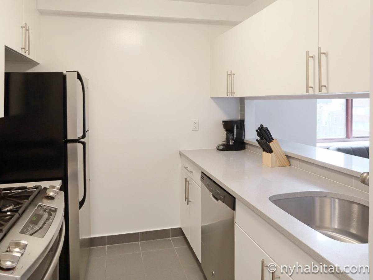 ... New York Studio Apartment   Kitchen (NY 17061) Photo 1 Of 1 ...
