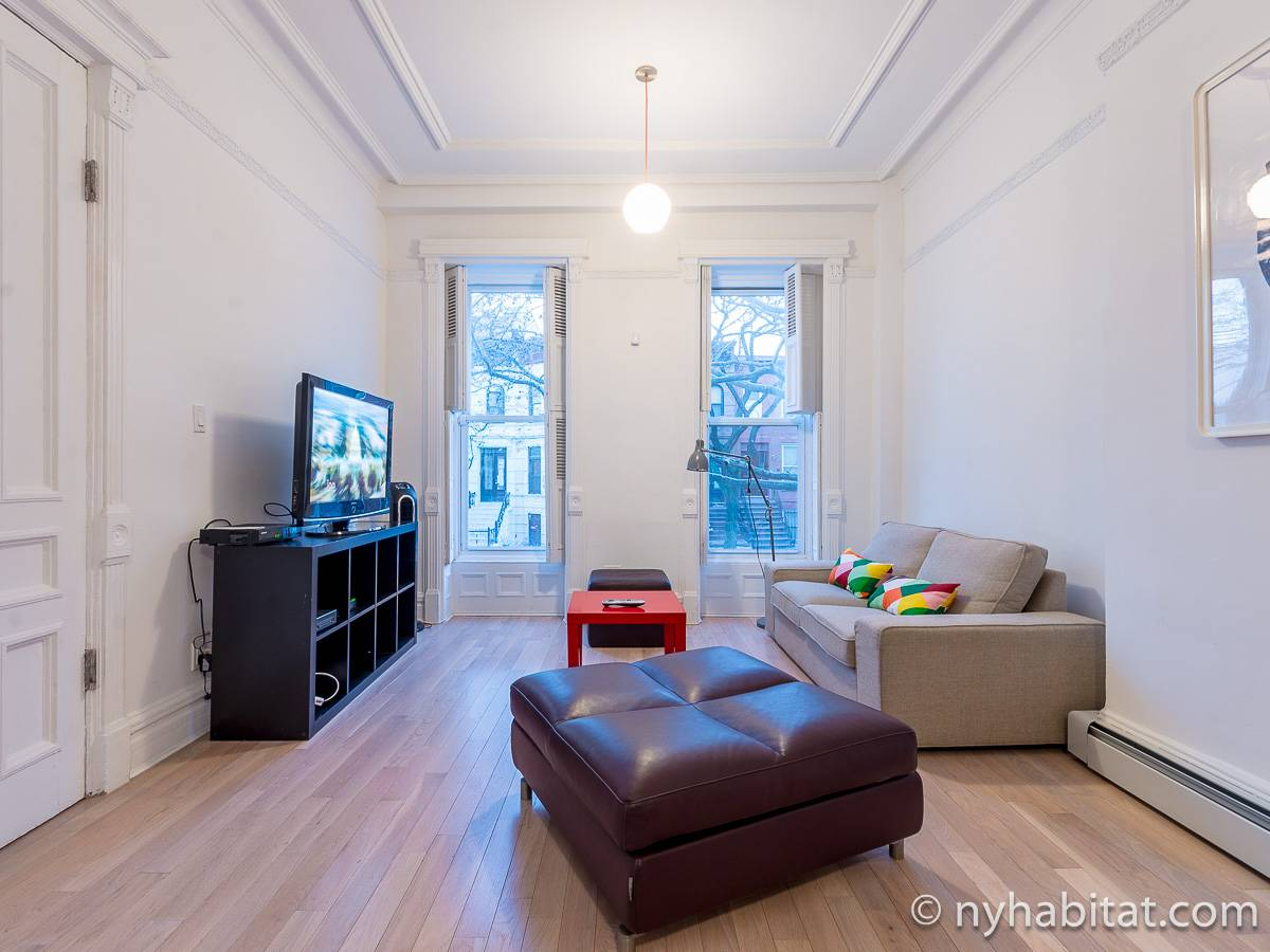 New york 5 bedroom duplex roommate share apartment living room ny 17065