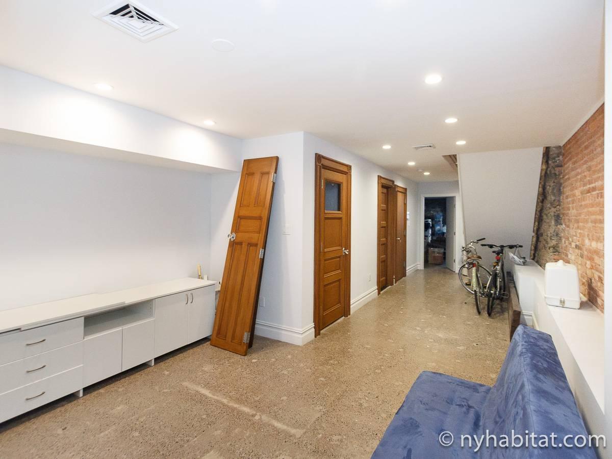 wohnungsvermietung in new york 2 zimmer harlem ny 17083. Black Bedroom Furniture Sets. Home Design Ideas