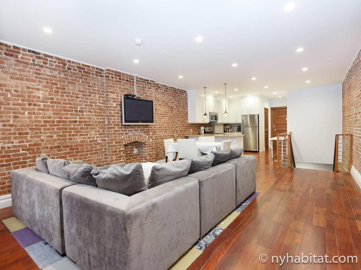 Logement new york location meubl e t2 harlem ny 17083 for Location meuble new york
