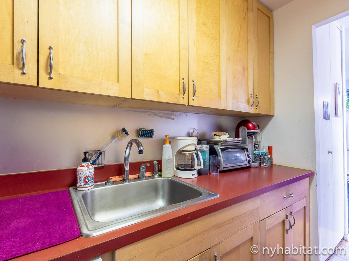 New York 3 Bedroom - Duplex roommate share apartment - kitchen (NY-17088) photo 4 of 4