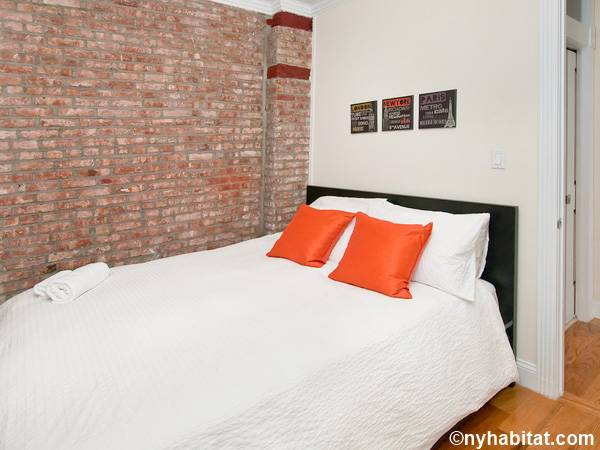 New York 3 Bedroom - Duplex roommate share apartment - bedroom 2 (NY-17116) photo 1 of 3