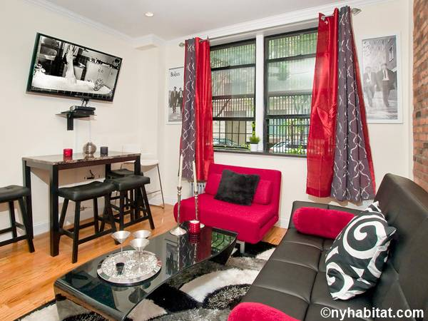 New York 3 Bedroom - Duplex roommate share apartment - living room (NY-17116) photo 2 of 4