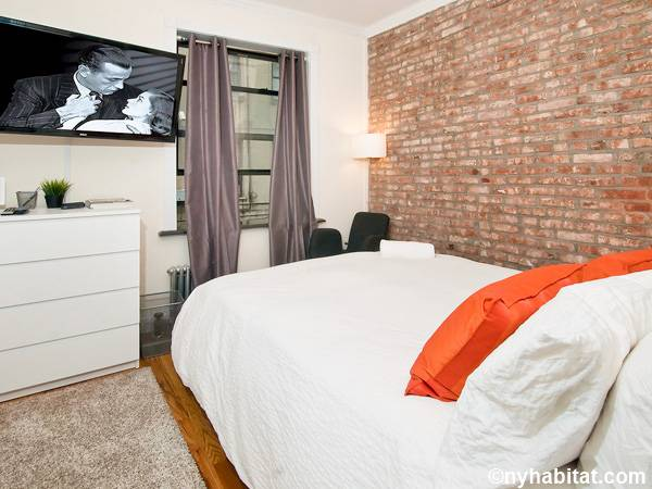 New York 3 Bedroom - Duplex roommate share apartment - bedroom 2 (NY-17116) photo 3 of 3
