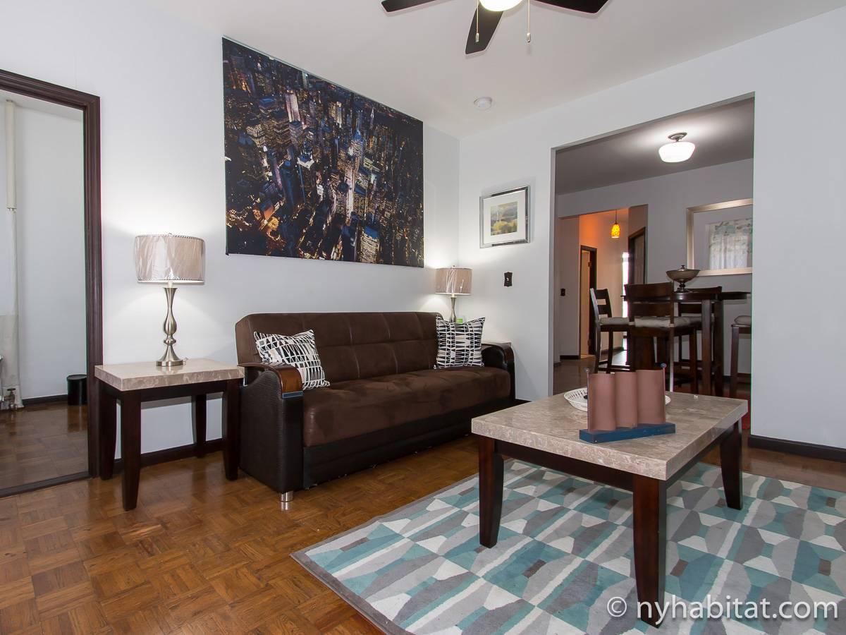new york 3 bedroom apartment living room ny17149 photo 3 of