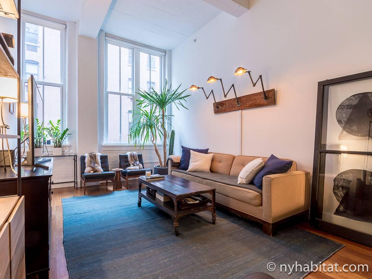 ... New York 1 Bedroom Apartment   Living Room (NY 17156) Photo 3 Of ...