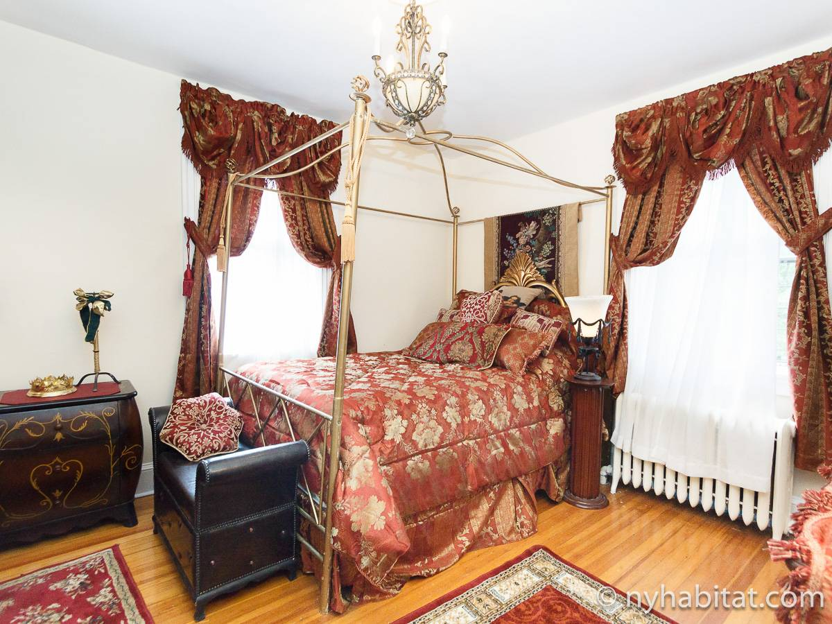 New York 4 Bedroom - Duplex roommate share apartment - bedroom 2 (NY-17210) photo 1 of 5